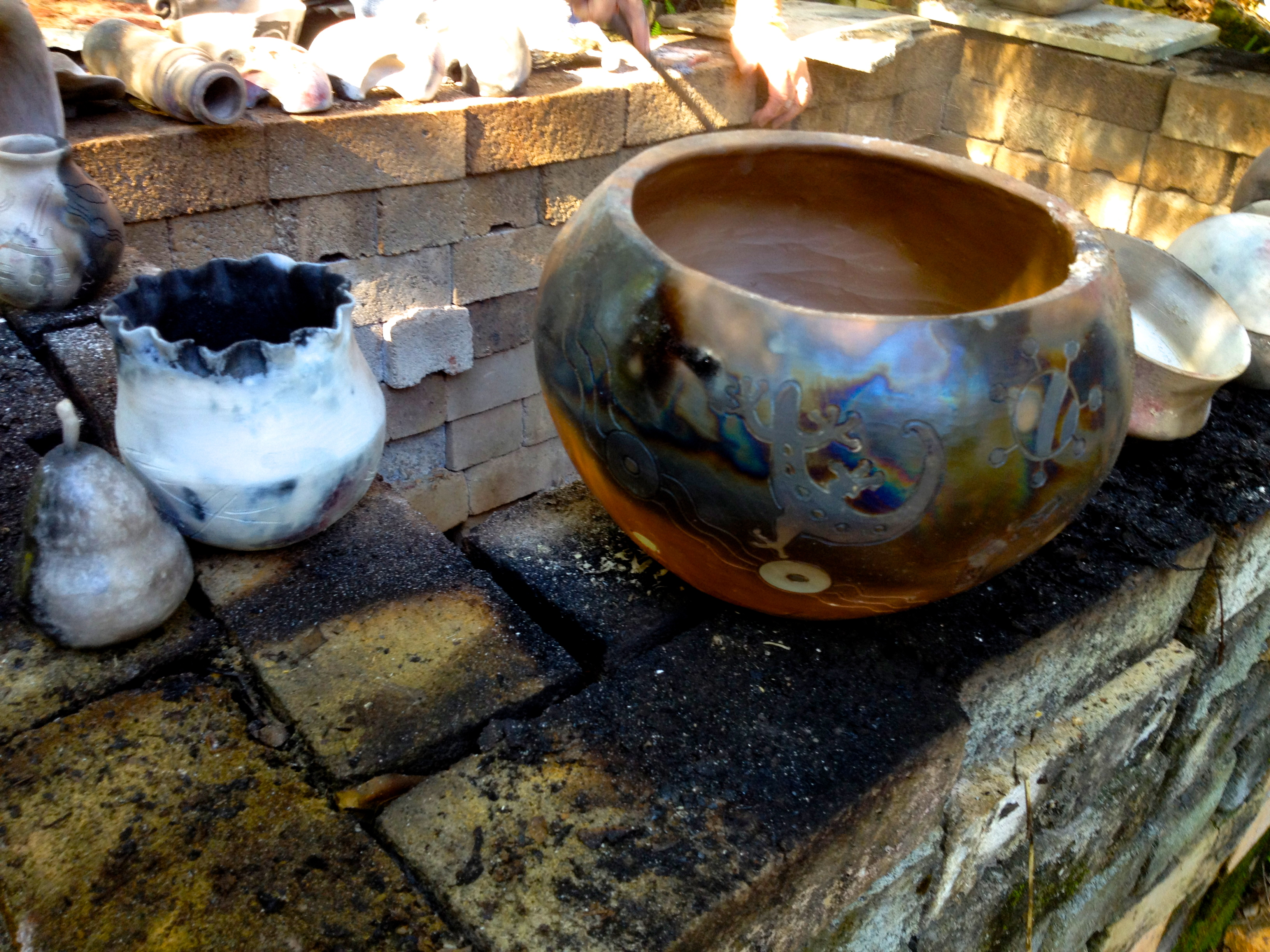 Pit Firing: Step-by-step Instructions - Marian Williams ...