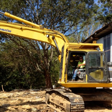 Peter Taggett on the excavator!  Job well done!