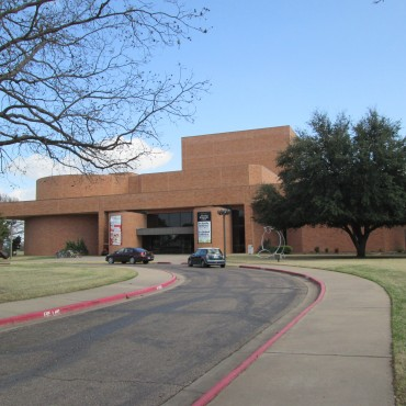 Hooper-Schaefer Fine Arts Building at Baylor University